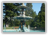Water_fountain_at_Christchurch_Botanical_Gardens